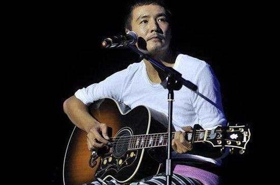 《在希望的田野上》吉他谱 朴树 吉他六线谱无水印